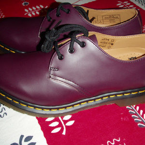 Dr. Martens Mie 1461 purple smooth shoes womens 9